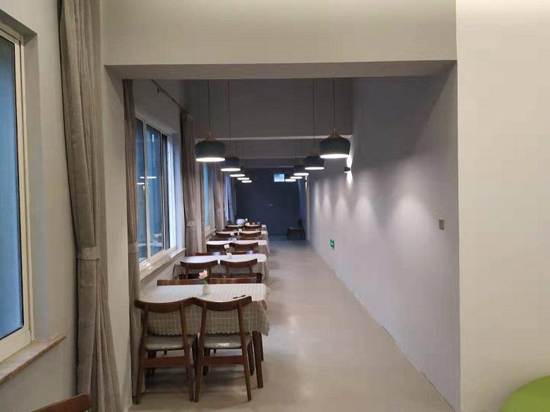 餐厅.jpg